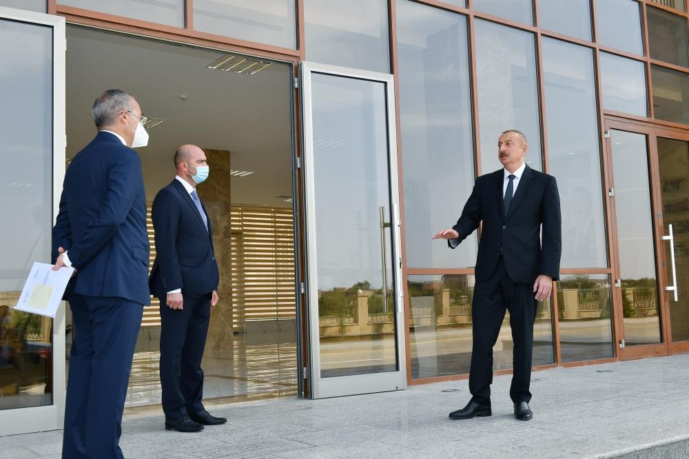 Президент Ильхам Алиев принял участие в открытии Центра профессионального образования при Сумгайытском химико-промышленном парке