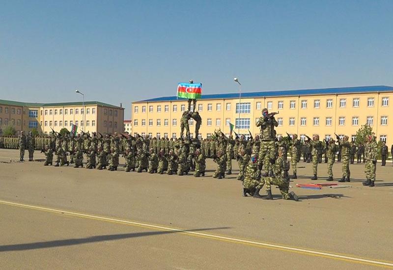 Молодые солдаты, завершившие спецподготовку в Отдельной общевойсковой армии, отправлены в боевые соединения и части