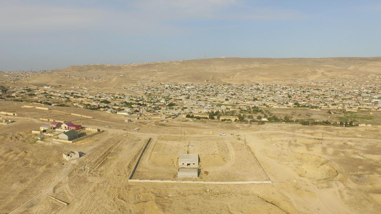 В еще одном поселке Баку строятся водохранилища
