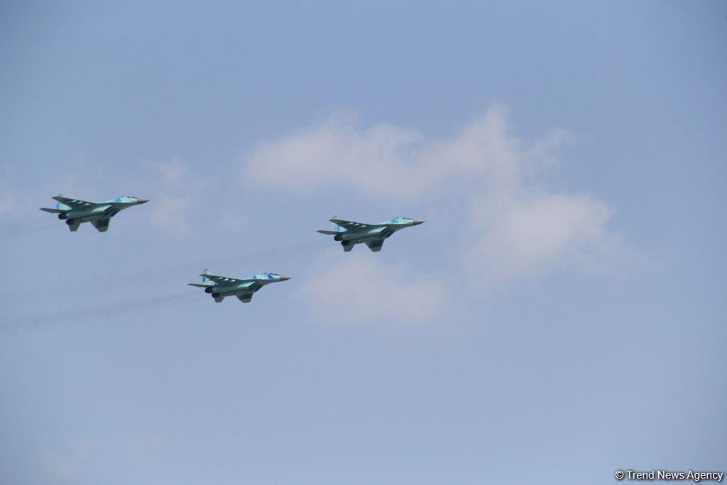 ВВС Азербайджана и Турции совершили совместные полеты над городом Гянджа