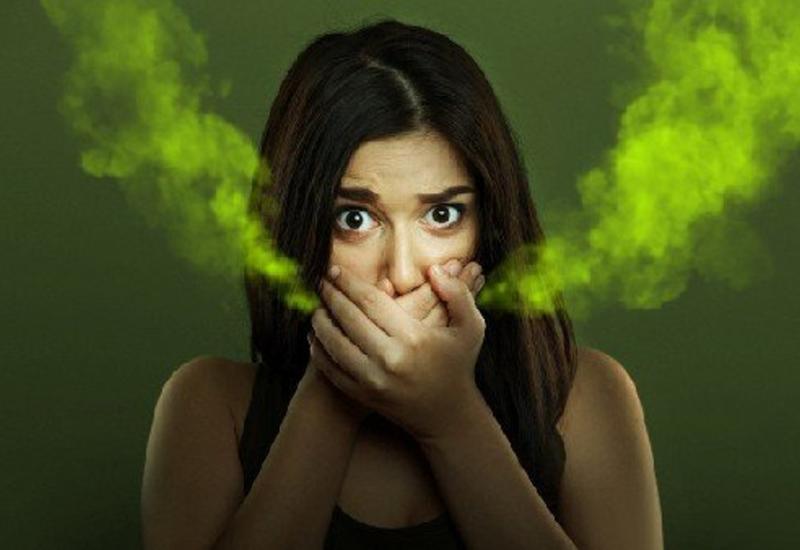 О каких болезнях расскажет запах изо рта