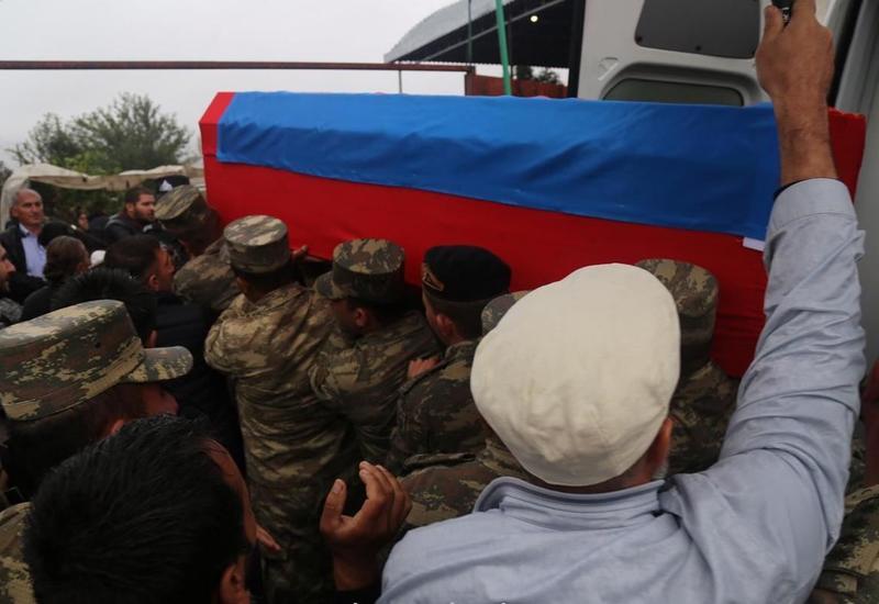 В Товузе похоронили азербайджанского шехида
