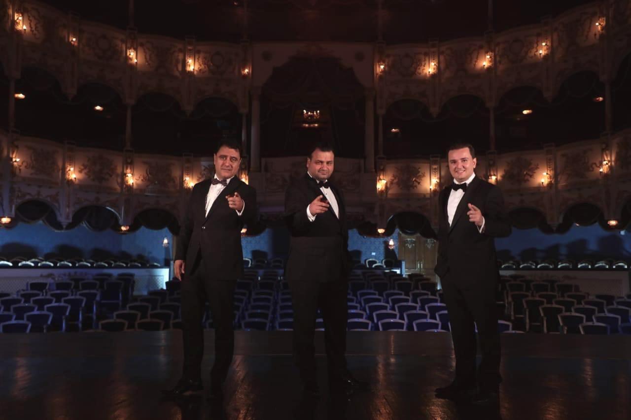 """Три азербайджанских тенора исполнили """"Севгили джанан"""" великого Гаджибейли"""