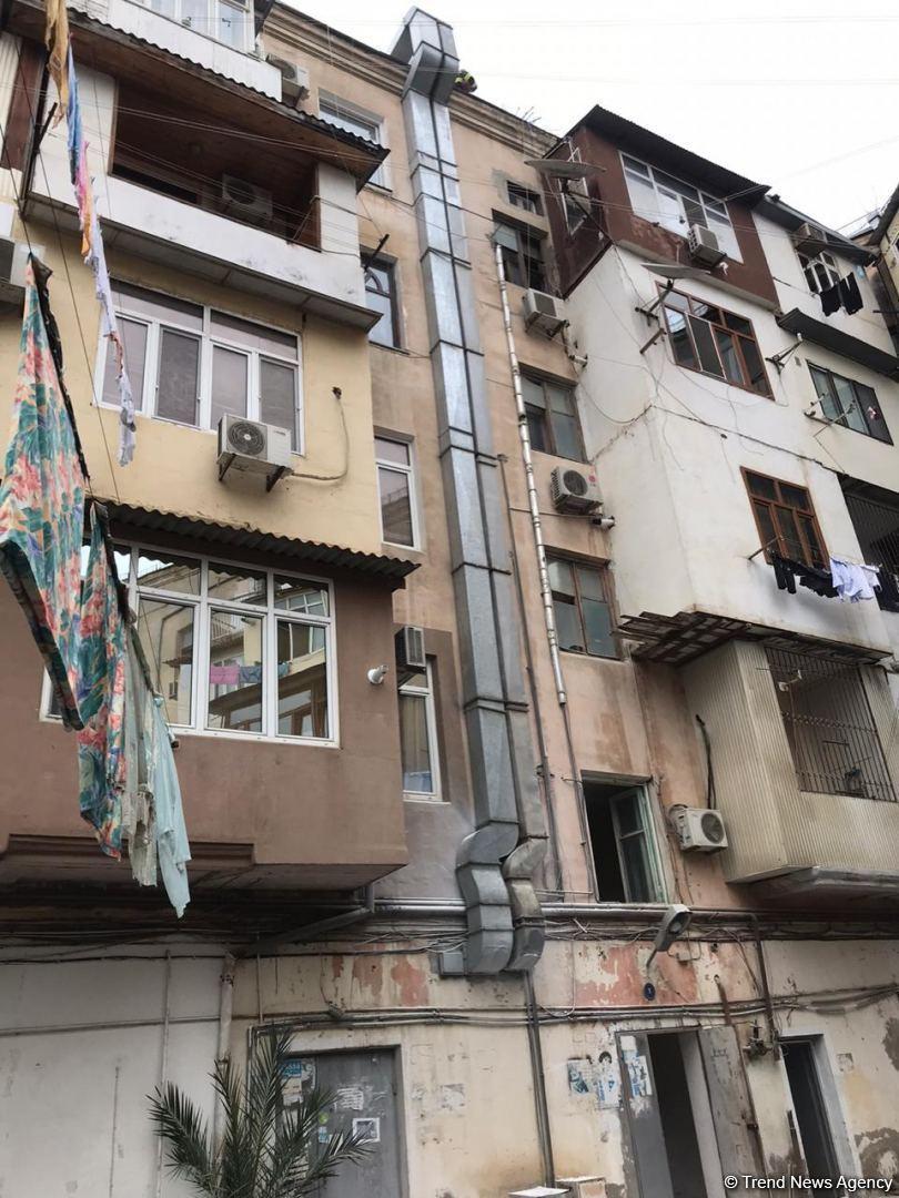 Пожар в ресторане в центре Баку