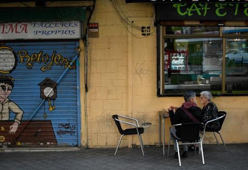 В Мадриде ввели карантин, в Лондоне готовы пожертвовать людьми