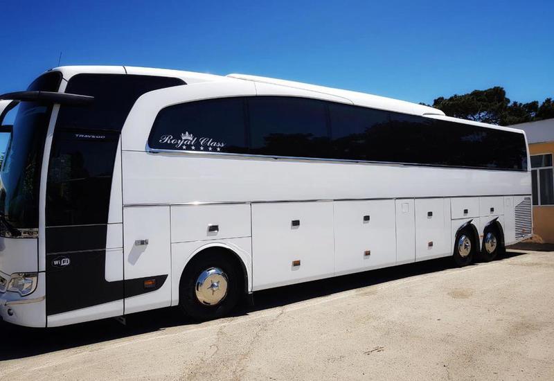 В Азербайджане предлагают разрешить организацию автобусных туров в регионы