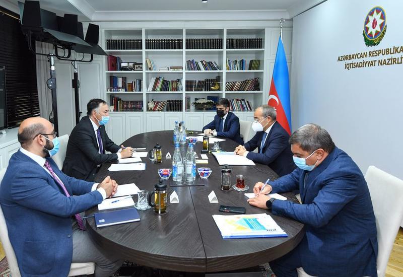 Азербайджан и Азиатский банк развития обсудили перспективы расширения сотрудничества