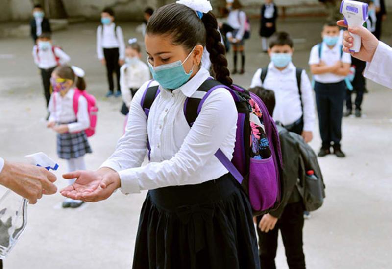 Сегодня в Азербайджане 7 школьников заразились коронавирусом