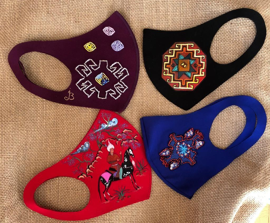 Музей ковра собирает коллекцию защитных масок