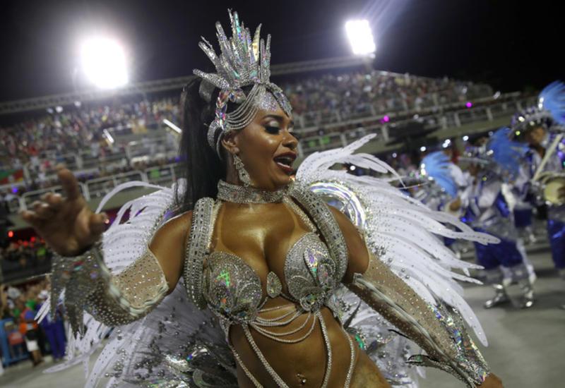 Карнавал в Рио-де-Жанейро перенесли из-за COVID-19