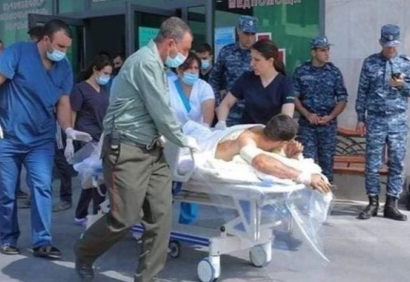 Больница Ханкенди переполнена трупами и ранеными
