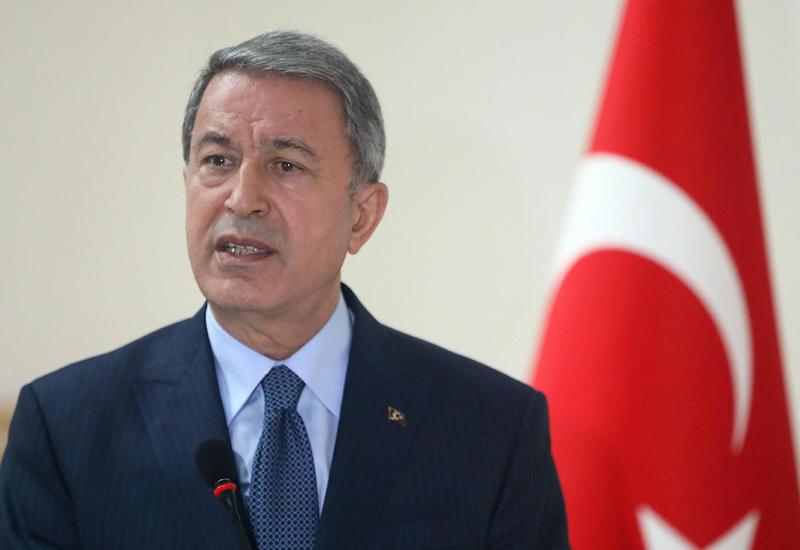 Хулуси Акар: Турция будет до конца поддерживать Азербайджан в борьбе за территориальную целостность