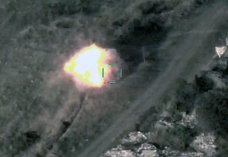 Азербайджанская армия продолжает уничтожать боевую технику противника