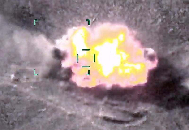 Уничтожены еще два армянских танка
