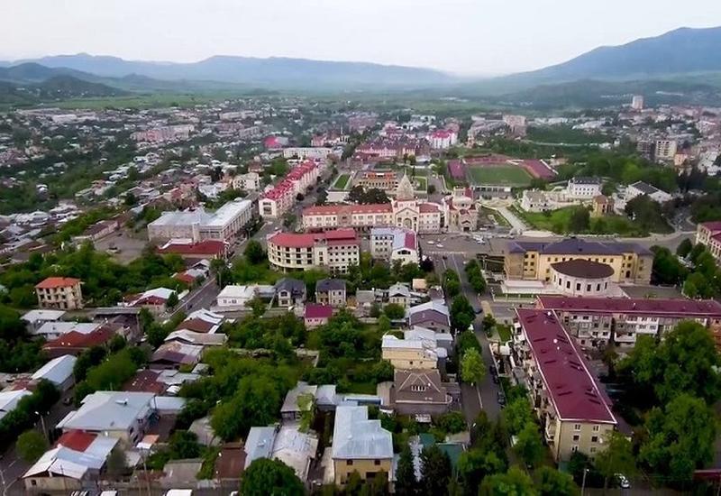 Армяне массово бегут из Ханкенди