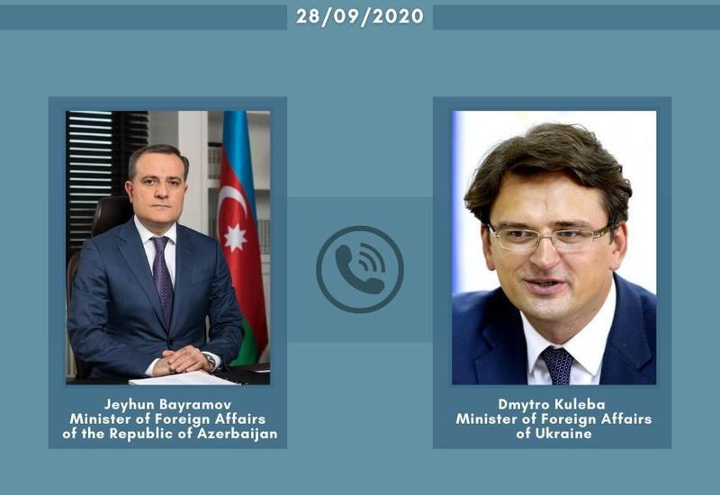Джейхун Байрамов обсудил ситуацию в Карабахе с украинским коллегой