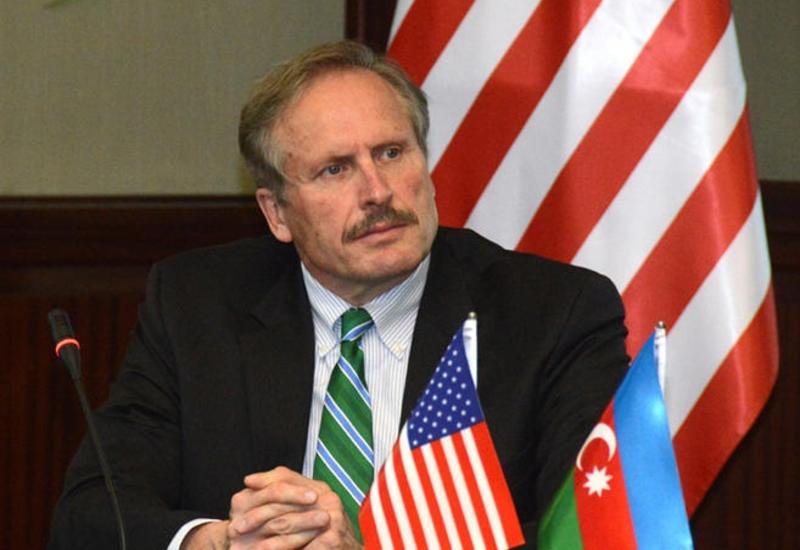Роберт Секута: Оккупация Нагорного Карабаха и прилегающих территорий подрывает мир и безопасность в Европе