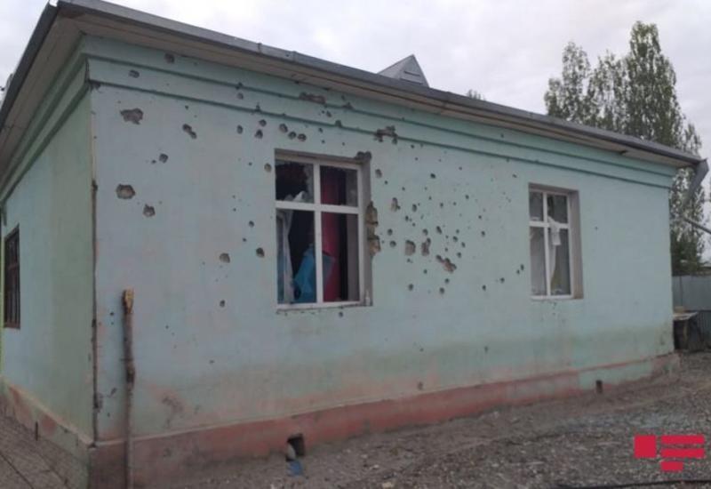 Армяне запустили артиллерийский снаряд в поселок Биринчи Бахарлы Агдамского района, пострадали дома