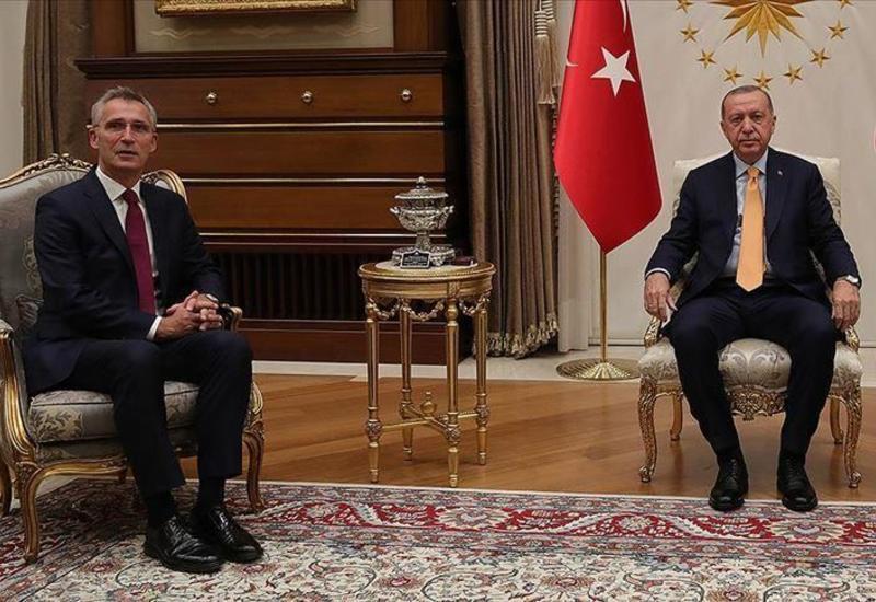 Эрдоган обсудил с генсеком НАТО ситуацию в Нагорном Карабахе