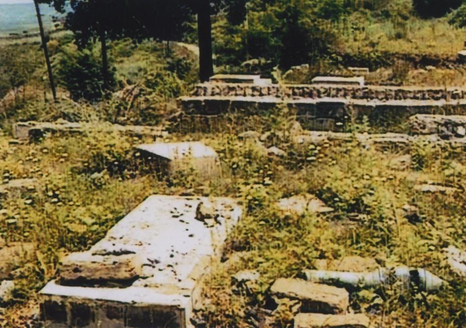 Армянский вандализм: Разрушенные религиозные и исторические памятники, города и села, превратившиеся в развалины
