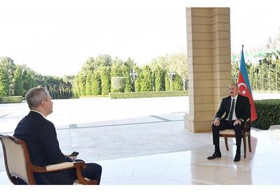 Президент Ильхам Алиев дал интервью телеканалу РБК России - ОБНОВЛЕНО - ФОТО - ВИДЕО
