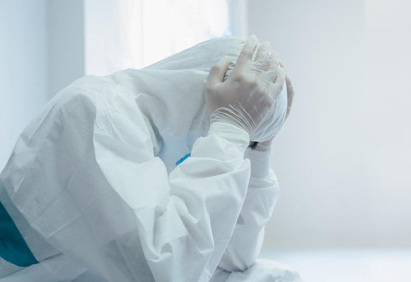 В Иране за минувшие сутки от коронавируса умерли 103 человека