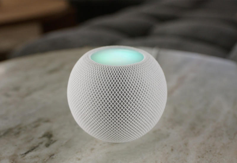 Apple представила новую портативную смарт-колонку