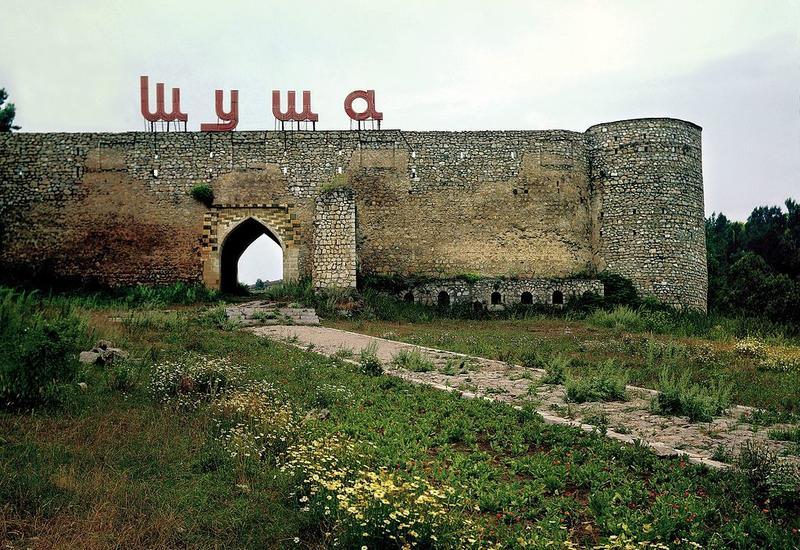 Из оккупированного города Шуша сбежали 80% жителей
