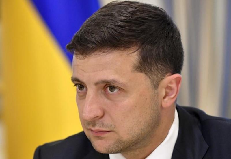 Зеленский ввел санкции против сотен воров в законе и иностранцев