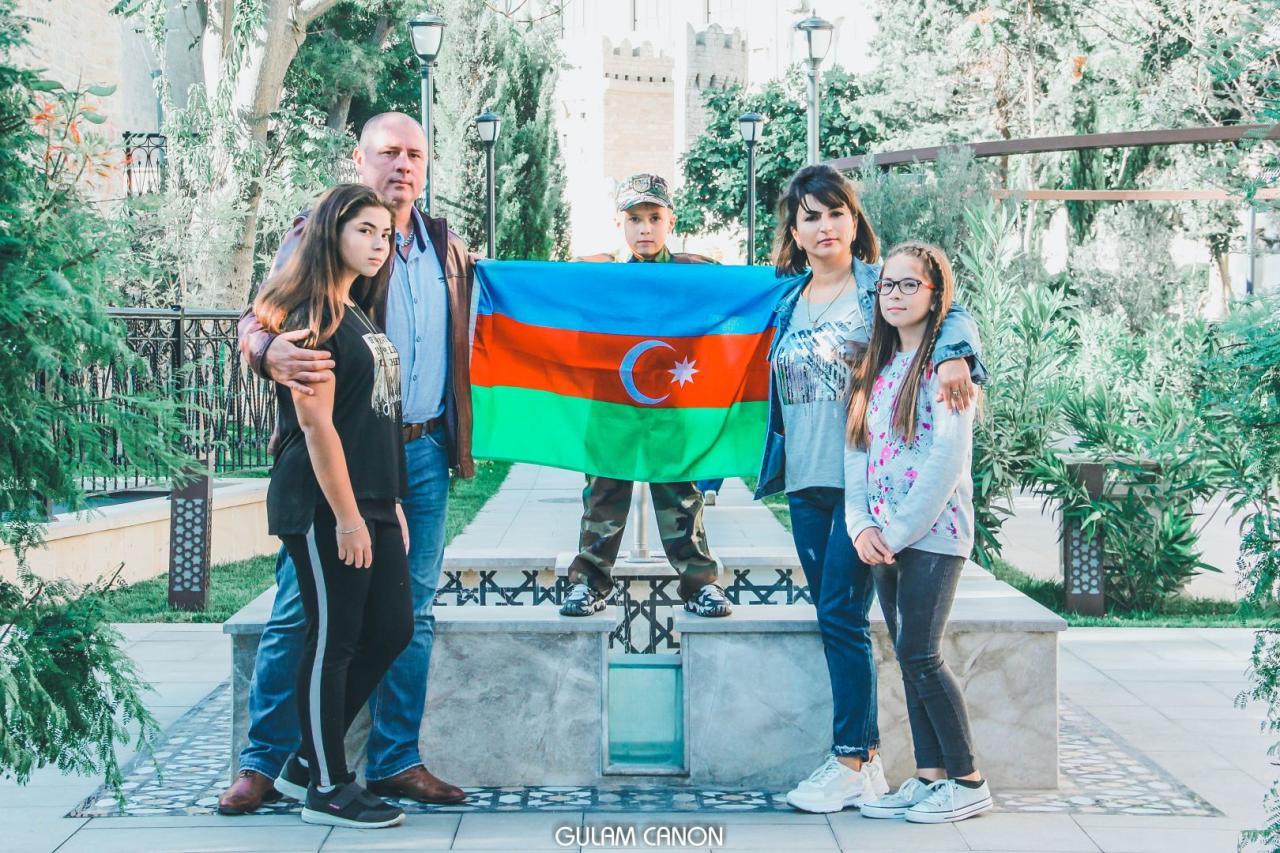 Представлен фотопроект, посвященный поддержке армии Азербайджана