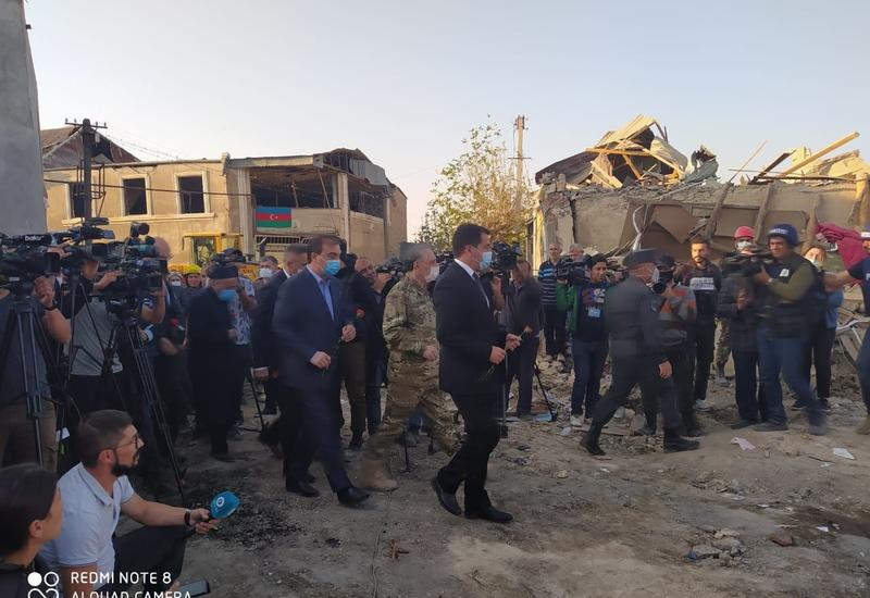 Хикмет Гаджиев и представители дипломатического корпуса прибыли в Гянджу