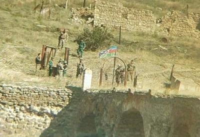 Флаг Азербайджана развевается над мостом Худаферин! - ФОТО - ВИДЕО