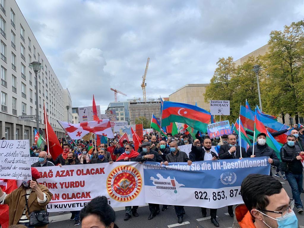 В Германии прошла акция против армянского фашизма