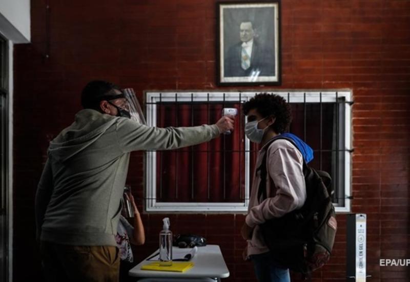 В Аргентине число случаев коронавируса превысило миллион