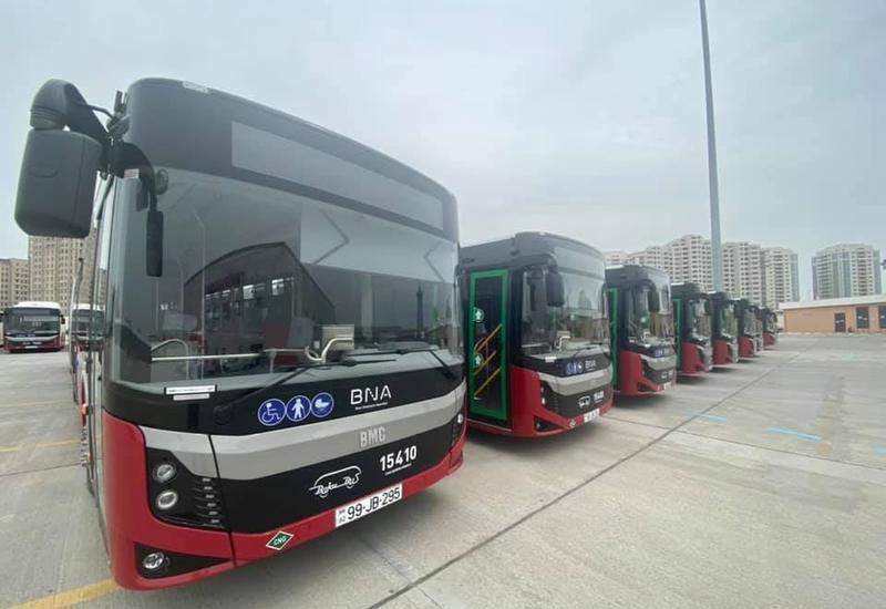 В Баку в час пик будут работать еще 100 дополнительных автобусов