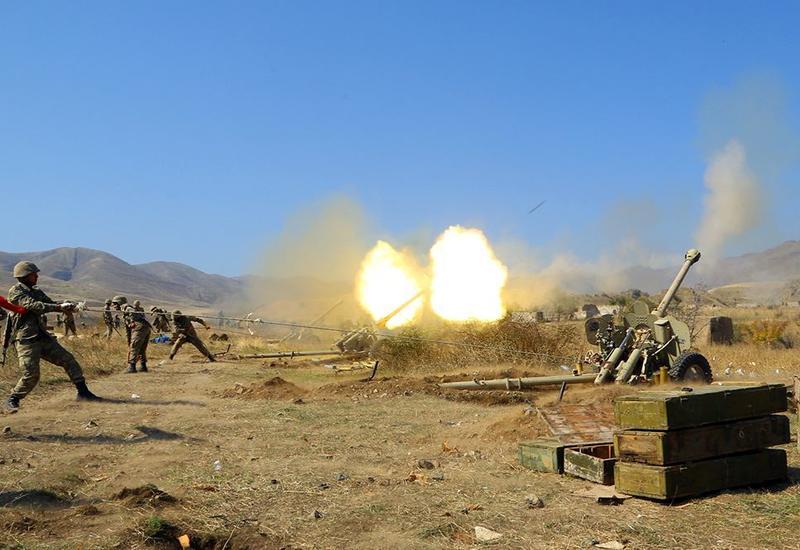 Азербайджанская артиллерия уничтожает огневые точки армян