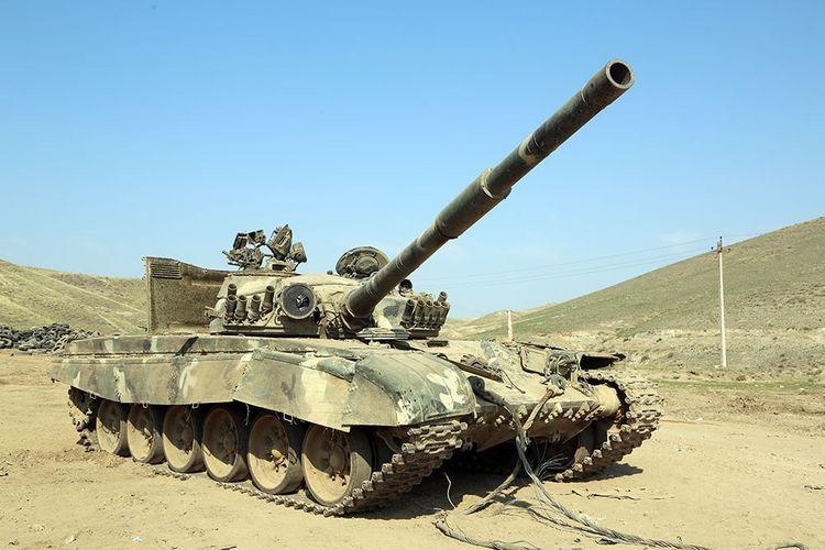 Армянская военная техника, оставленная противником на поле боя