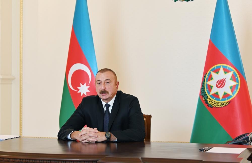 """Президент Ильхам Алиев дал интервью французской газете """"Фигаро"""""""