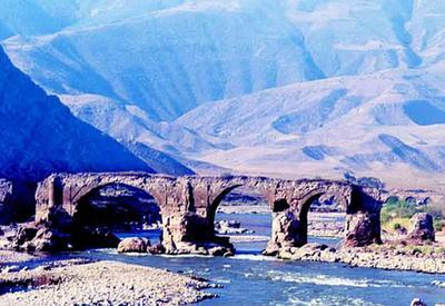 Уникальные Худаферинские мосты были под угрозой затопления  - Архитектор Эльчин Алиев для Day.Az - ФОТО