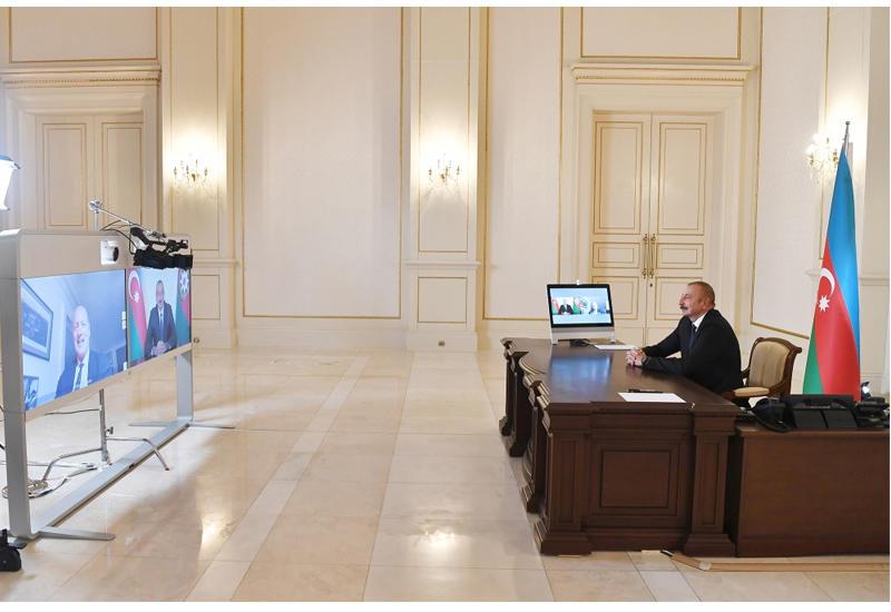 Президент Ильхам Алиев: В отличие от Армении, мы платим за приобретенное у России вооружение