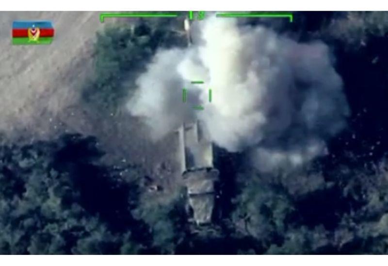 ВС Азербайджана уничтожили боевую технику армян