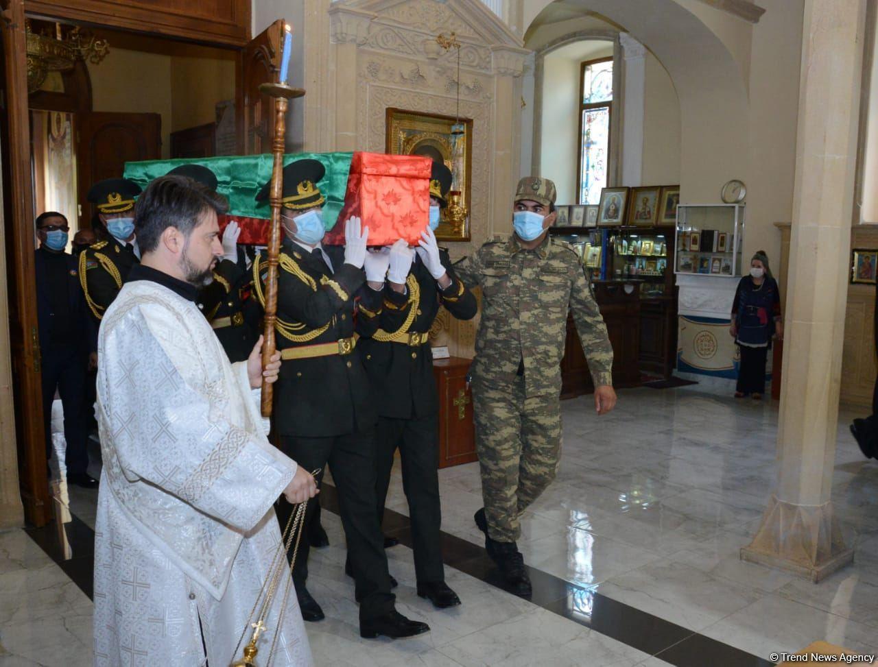 Дмитрий Солнцев похоронен во второй Аллее шехидов