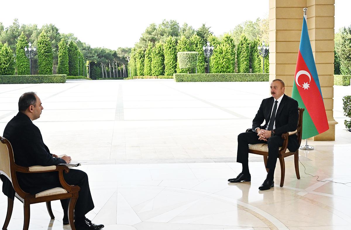 """Президент Ильхам Алиев дал интервью российскому агентству """"Интерфакс"""""""