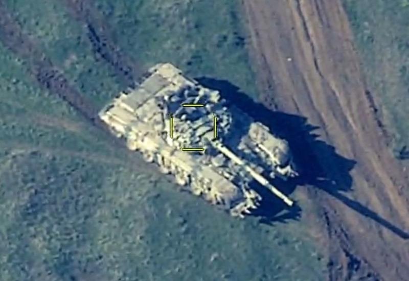 ВС Азербайджана уничтожили военную технику армян