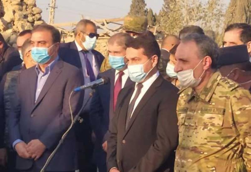 Хикмет Гаджиев и иностранные дипломаты едут в Барду и Тертер