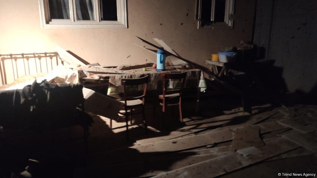 Дом, разрушенный в результате ракетного удара Армении по Геранбою