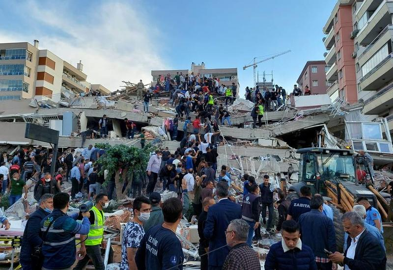 В ЕС заявили о готовности помочь Греции и Турции в связи с сильным землетрясением