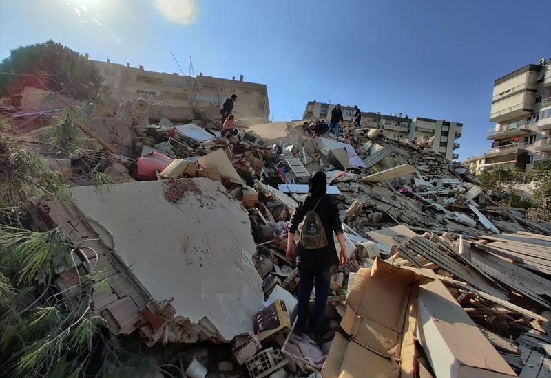 Сильное землетрясение в Измире: