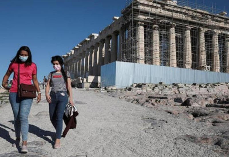 Греция ужесточает карантин