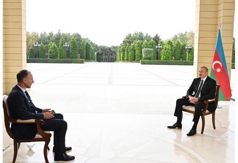 Президент Ильхам Алиев: Это битва между нами и Арменией, и все должны держаться в стороне от нее